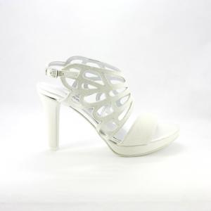 Sandalo donna in tessuto glitter avorio con tacco sfilato e cinghietta regolabile alla caviglia.