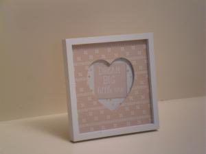Portafoto in legno beige quadrata Cuore con bordo bianco stile Shabby Chic cm.16,5x16,5