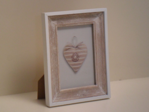 Portafoto in legno rettangolare Beige con bordo bianco stile Shabby Chic cm.18x14