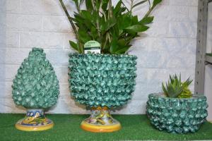 Pigna vaso ceramica caltagirone d30