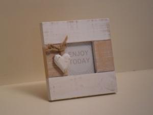 Portafoto quadrata in legno bianca con decorazione Cuore stile Shabby Chic cm.14x14