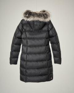 Piumino nero con cappuccio pelliccia