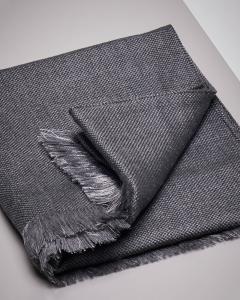 Sciarpa grigio scuro micro-armatura in lana e seta