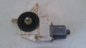 Motorino alzacristallo ant. dx. usato originale Mercedes-Benz Classe C serie dal 2011> 220 CDI Bluefficency