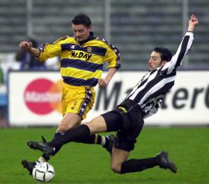 2000-01 Parma Maglia Home  #2 Sartor MATCH WORN XL  (Top)