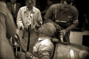 Nino Farina su Ferrari 125 F1 al Gp di Monza, 1948