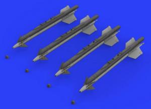 R-13M missiles