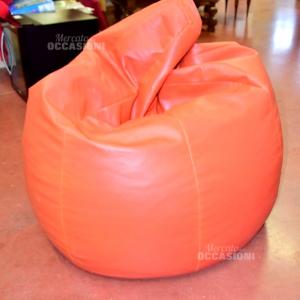Puff Arancione In Ecopelle