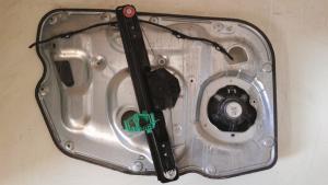 Alzacristallo elettrico ant. dx usato originale Alfa Romeo Giulietta serie dal 2010 al 2013 1.5 JTDM