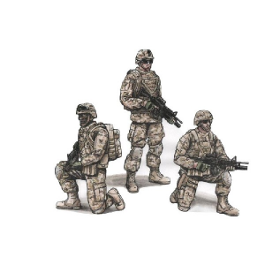 US Army Infantry Squad 2nd Division - TWO KNEELING SOLDIERS AND COMMANDING OFFICER