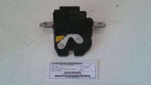 Serratura portello post. usata originale Fiat 500L serie dal 2012> 1.3 MJT