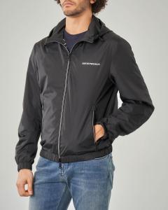 Giacca nera reversibile con cappuccio e zip