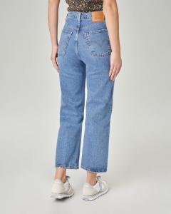 Jeans Ribcage a vita alta con strappo sul ginocchio