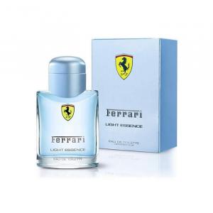 Ferrari Scuderia Light Essence Eau De Toilette Spray 125ml