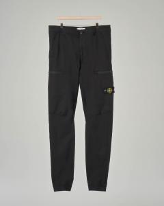 Pantalone nero con tasconi ed elastico sul fondo 10-14 anni