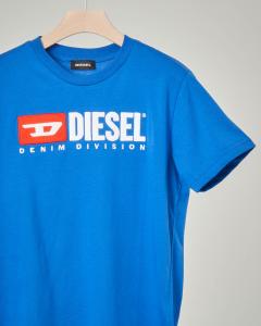 T-shirt blu royal con logo vintage