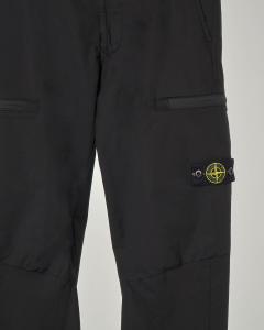 Pantalone nero con tasconi ed elastico sul fondo 8 anni