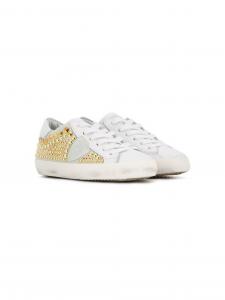 Scarpe bianche con fantasia oro