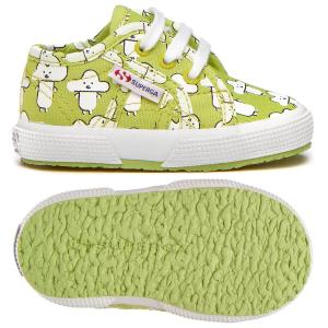 Scarpe verdi con stampe nuvole bianche