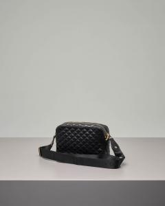 Cross bag in ecopelle effetto matellassè con micro borchie appplicate