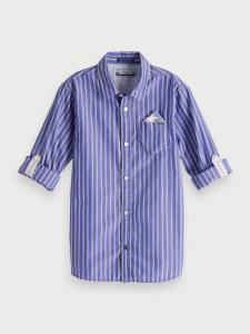 Camicia blu con righe bianche