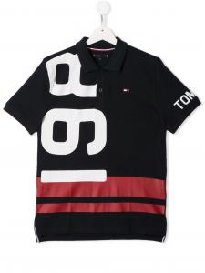 Polo nera con stampa bianca e rossa