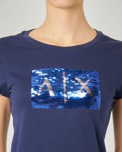 T-shirt blu in cotone con logo in paillettes reversibili
