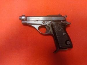 Pistola Beretta 70 usata