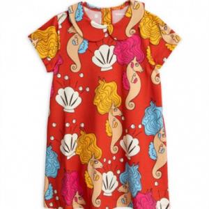 Vestito rosso con stampe cavallucci marini e conchiglie
