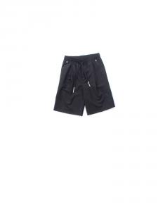 Pantaloncino nero con lacci e vita elasticizzata