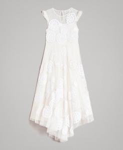 Vestito bianco lungo in mussola con ricami