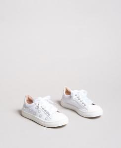 Scarpe bianche con perle e strass