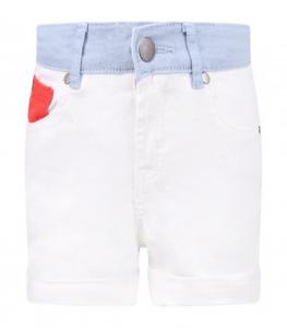 Pantaloncino bianco con cinto celeste e dettaglio rosso