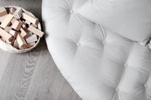 Nido futon chair