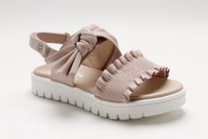 Sandali cipria con nastro