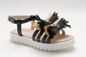 Sandali neri e beige con fiocchi