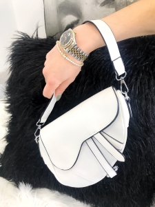 borsa modello Dior in ecopelle con tracolla
