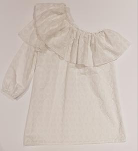 Vestito bianco monospalla con ricami