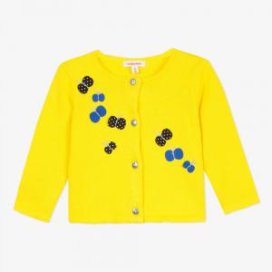 Cardigan giallo con farfalle nere e blu