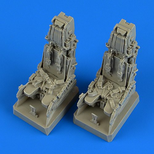 EF Typhoon ejection seats with safety belts (REVELL)