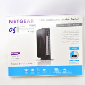 Modem netgear N300 Wireless Dsl Modem Router Dgn2200
