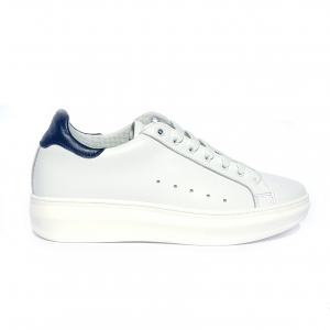 Sneaker bianca con tallone blu PZO