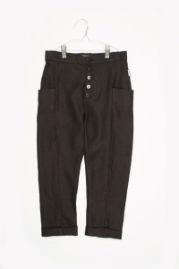 Pantalone nero con tasconi