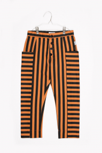 Pantalone a righe nere e cammello con tasconi