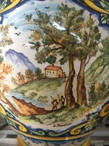 Lume ceramica con decoro ornato blu