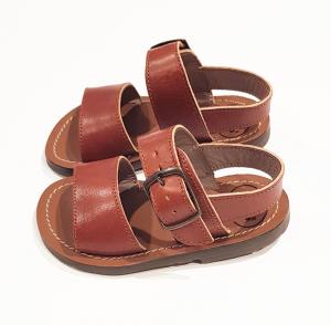 Sandali marroni con fibbia