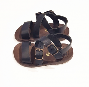 Sandali neri con fibbie