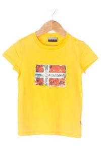 T-Shirt gialla con stampa logo rosso e celeste