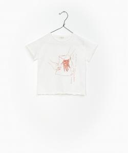 T-Shirt bianca con stampe mani e scritte ruggine