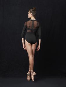 Body  modello particolare collezione Bloch con manica lunga